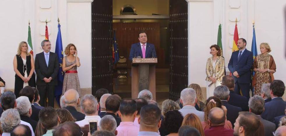 Fernández Vara: «España es más que diecisiete trozos»