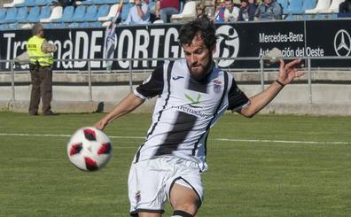 Candelas vuelve al Badajoz
