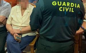 Detenido en Alcuéscar un exvigilante de un centro asistencial por sustraer pertenencias de los mayores