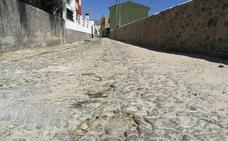 Los vecinos de Huertas insisten en arreglar la casa de la cultura, la piscina y el pabellón