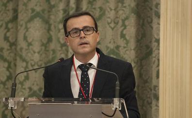 Gallardo es reelegido presidente de la Diputación pacense y pide que no le busquen en el enfrentamiento