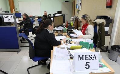 La Caixa y Cruz Roja ponen en marcha un taller de empleo para 15 mujeres en paro