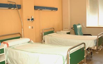 Satse denuncia el cierre de unas 370 camas en verano en hospitales de Extremadura