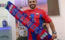 El Extremadura inicia la liga en Lugo y la termina en Las Palmas