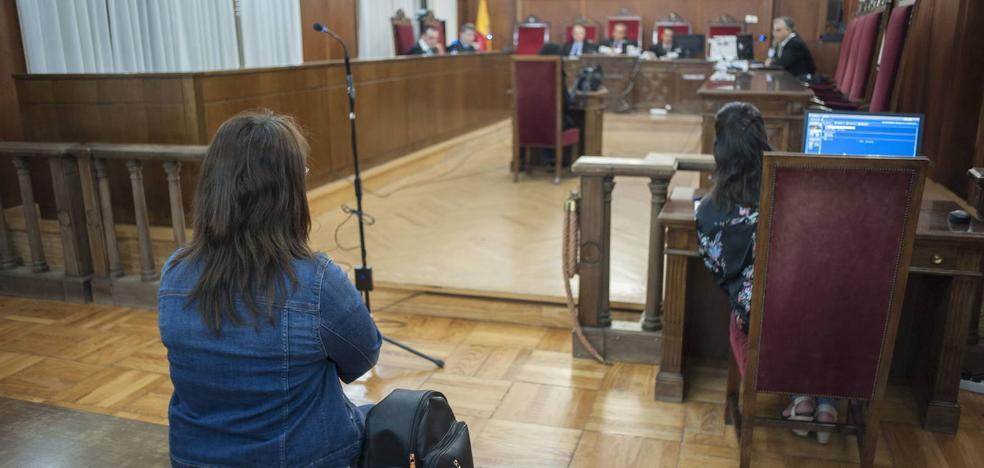 Cuatro años y tres meses de cárcel por robar joyas en la casa donde trabajaba en Badajoz