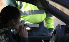 Un total de 28 conductores dieron positivo en drogas y 42 en alcohol durante la Feria de San Juan de Badajoz