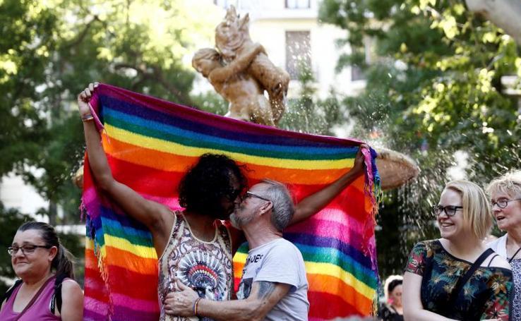 Celebración superlativa y multicolor del Orgullo LGTBI en Madrid