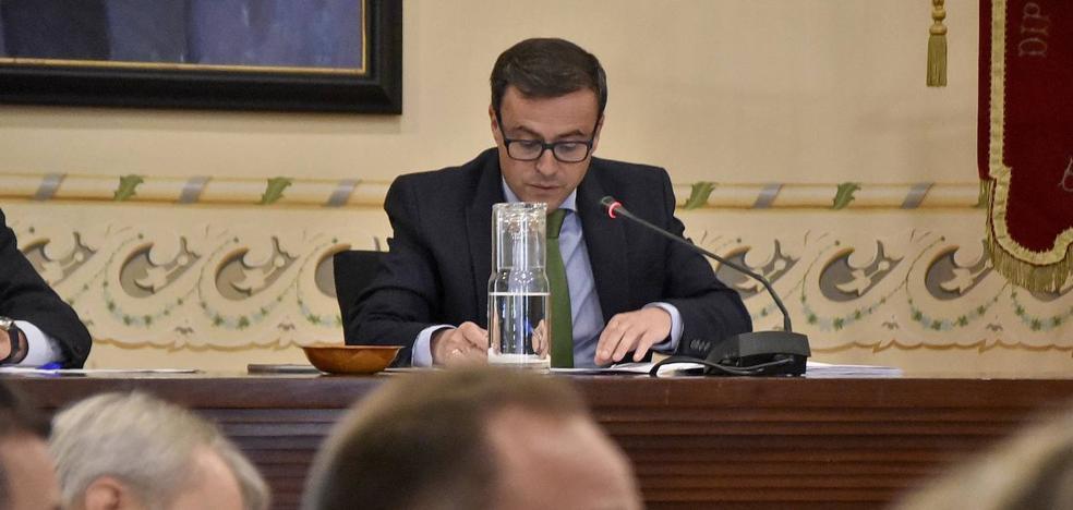 Gallardo cobrará 74.719 euros anuales de la Diputación de Badajoz