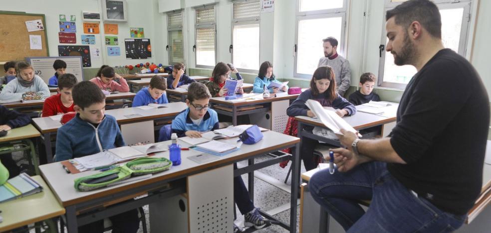 La UEx gradúa a su primera promoción de maestros bilingües
