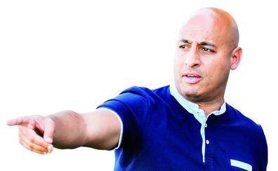 Mehdi Nafti, entrenador del CD Badajoz: «El objetivo es mejorar lo del año pasado»