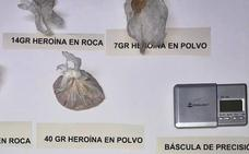 Detenidos dos vecinos de Badajoz con 722 dosis de cocaína y 940 cigarros de fabricación casera