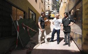 El Ayuntamiento de Cáceres dice ahora que las obras de Alzapiernas acabarán este verano