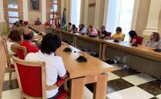 Salaya se compromete a convocar el Consejo Escolar
