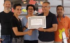 El montijano Aarón Carretero gana el concurso regional de ortografía