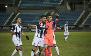 Los clubes extremeños de Segunda B, junto a andaluces, murcianos, extremeños y castellano-manchegos