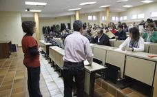 La Junta debe indemnizar con 20.000 euros a una opositora por daño moral