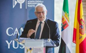 Borrell dice en Yuste que con la crisis aumentó la desigualdad