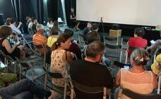 La cinecicleta llena el centro cultural