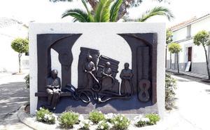 El barrio Hospital ya luce una escultura dedicada a la memoria de las esparteras