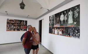 Una exposición rinde homenaje a los figurantes del Festival de Mérida