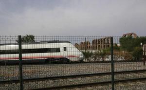 La huelga en Renfe deja sin salir a diez de los veintisiete trenes que circulan a diario por la región