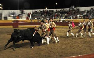 La corrida de rejones del Martes Mayor placentino tendrá forcados portugueses