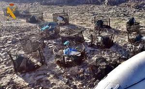 Intervenidas en el embalse de Orellana 78 redes para capturar cangrejos