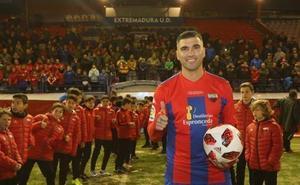 Un Extremadura-Sevilla rendirá homenaje a Reyes el 10 de agosto