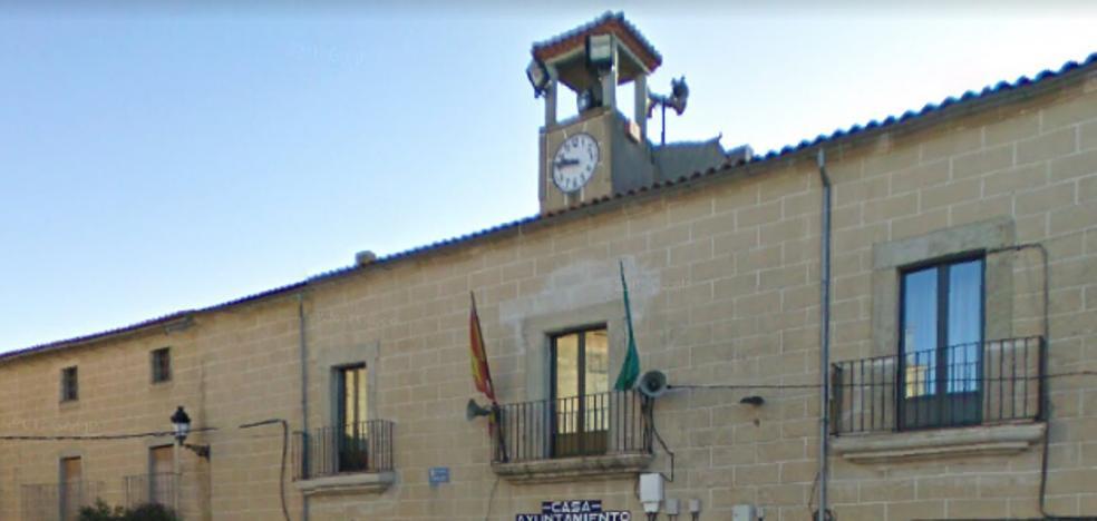 Roban en los ayuntamientos de Torrequemada y Torremocha