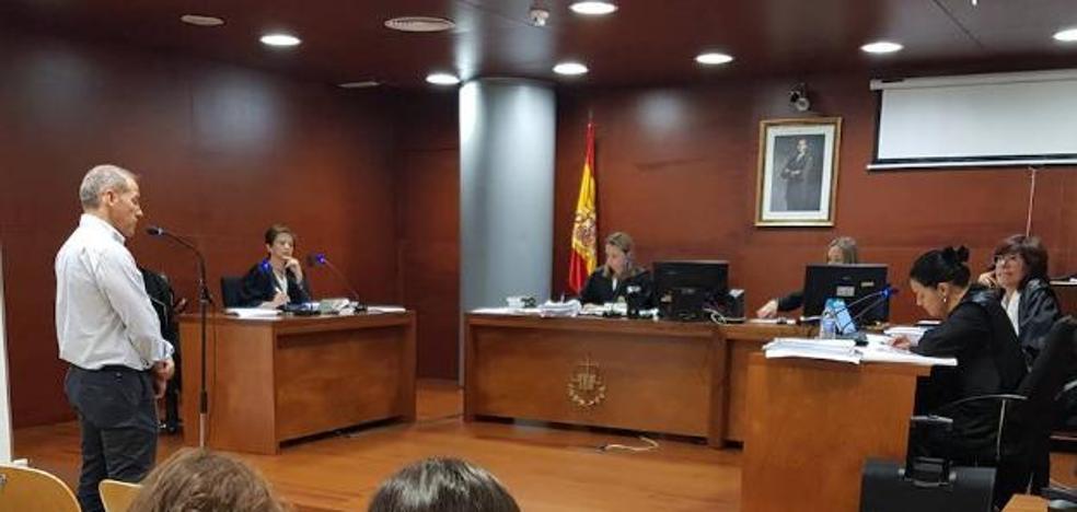 Condena de nueve meses de prisión para el alcalde de Malpartida de Cáceres por maltratar a su exmujer