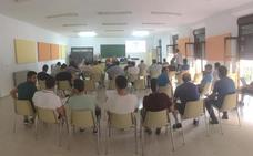 Las reuniones informativas de la nueva Ley de Caza han llegado ya a 16 comarcas