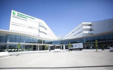 El Hospital Universitario de Cáceres incorpora la radioterapia intraoperatoria para tratar el cáncer