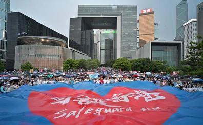 Una concentración pro-China abre otro fin de semana de protestas en Hong Kong