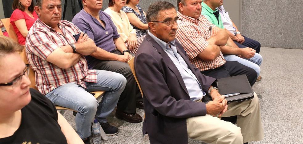 La Audiencia condena a siete años de cárcel al exalcalde de Navalvillar de Pela