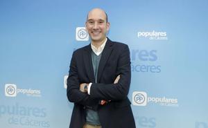 Sánchez Juliá sustituye a Aguilera como portavoz del PP en la Diputación de Cáceres