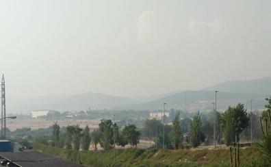 La nube de humo por los incendios en Portugal persiste en Cáceres