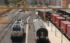 Un tren de mercancías unirá Badajoz con el Puerto de Huelva cada semana