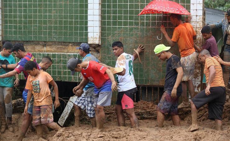 Al menos nueve muertos por fuertes lluvias en el noreste de Brasil