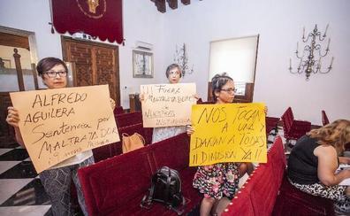 Aguilera no asiste al primer pleno de la Diputación tras su condena por violencia machista
