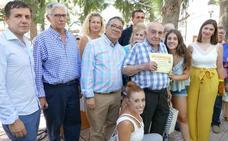 Un centenar de mayores y niños participan en 'el Día del abuelo' en Almendralejo