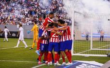 El Atlético vapulea al peor Real Madrid