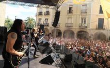 La feria de día de Villanueva de la Serena mantiene su gran tirón en Santiaguito