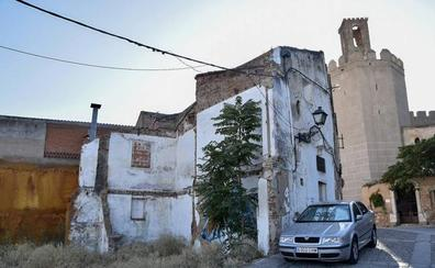 La Inmobiliaria Municipal de Badajoz desaloja a tres familias okupas de El Campillo