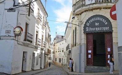 CSIF denuncia el impago de nóminas en el Ayuntamiento de Alburquerque