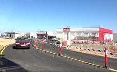 El PP pide finalizar las obras de la carretera de Guadalupe en Villanueva