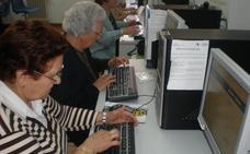 Un concurso premia el reciclaje de equipos electrónicos en Navalmoral