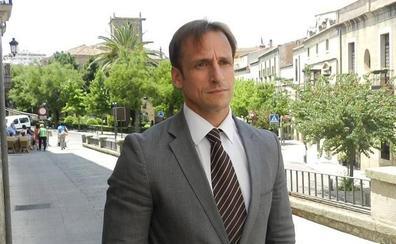 El gerente de Urbanismo es el único alto cargo que cesa en el nuevo organigrama de Cáceres