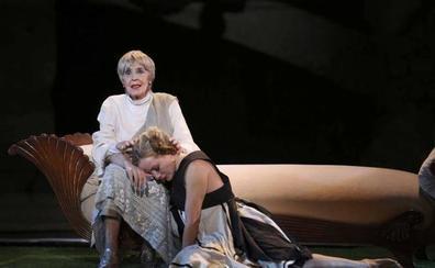 'Metamorfosis' llena el Teatro Romano de Mérida