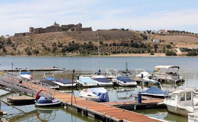 Alqueva, el gran lago de Europa que ha revolucionado la vida en la Raya