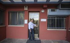 El punto de encuentro de Cáceres cierra tres días por semana y genera quejas de las familias